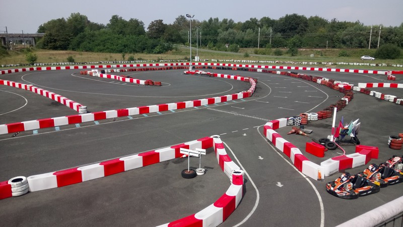 Karting-center-Tours--3-