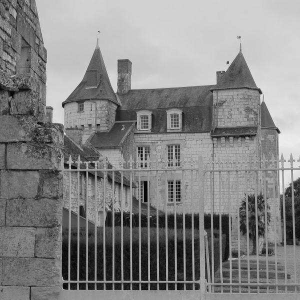 MARCAY-HOTEL-CHATEAU-DE-MARCAY (2)