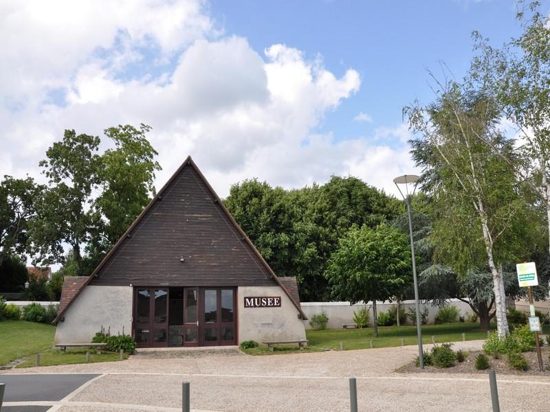 museeminerve-yzeuressurcreuse-valdeloire