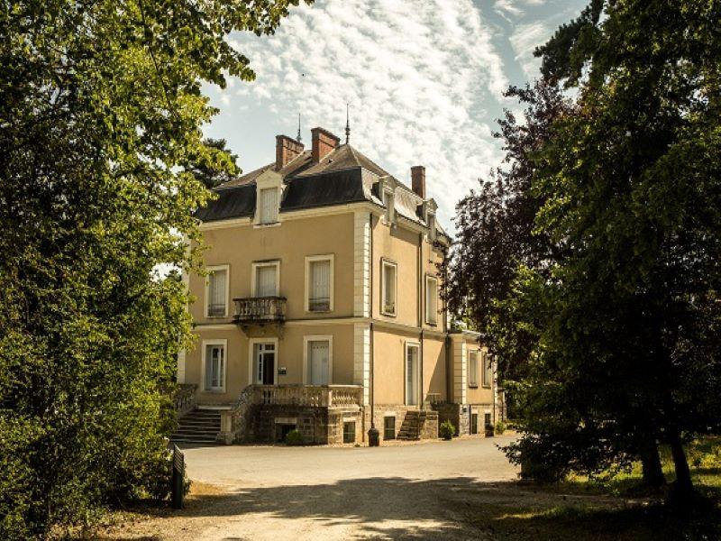 villagelasaulaie-lechateau-Loches-valdeloire
